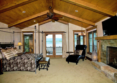 Lakeside Living Master Suite